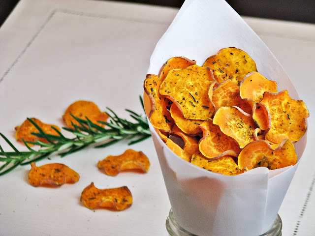losingeliz:  Home made sweet potato chips with cumin and rosemary. Click HERE for the recipe