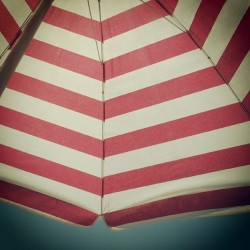 #sunbed #pattern #sunshine #greece #summer #2012 #june #sky #stripe #red #minimal #thassos #beach #coast  (Taken with Instagram)