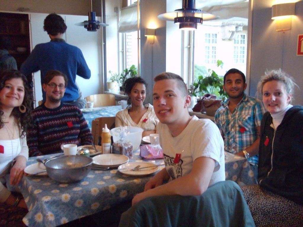 Fairooz Aniqua, Ashok Kumar, Lukas Slothuus, Charlotte Gerarda and friends dine in solidarity with Quebec students on strike