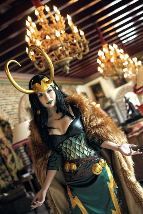 Really terrific female Loki cosplayer! via elrincondeharlock:  Lady Loki cosplay