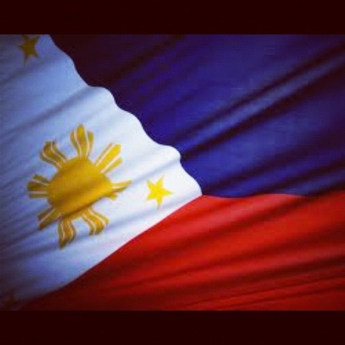 maligayang araw ng kalayaan, mahal kong pilipinas!  (Taken with Instagram)what does the flag mean?