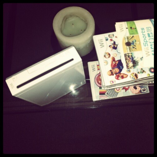 Selling my #Wii. Replacing it with a streaming player.  #netflix  (Taken with Instagram)