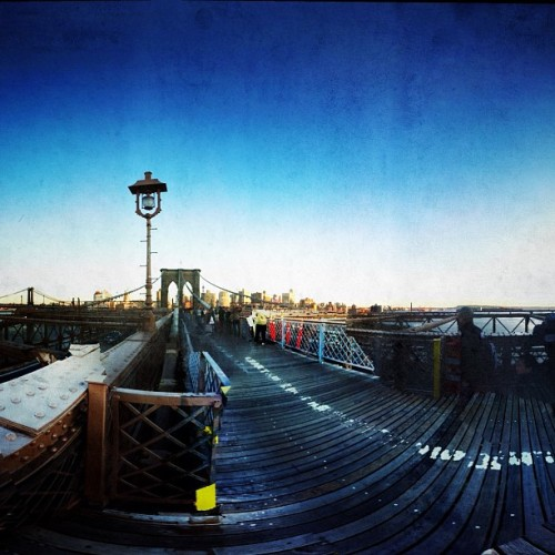 mtorch:  The large bridge. #brooklyn #brooklynbridge #ny #nyc #newyork (Tomada con Instagram)
