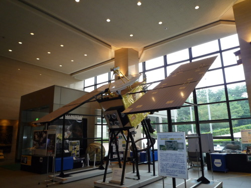 2nd anniversary of Hayabusa's returning to Earth! Photo: life-scale model of Hayabusa, taken in 2009 at JAXA Sagamihara campus