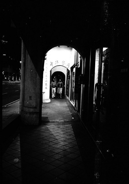 The Alley on Flickr.Via Flickr: China Town, Singapore M7 Kodak BW400CN