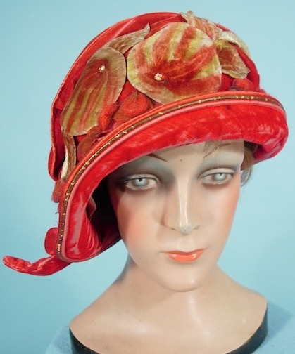 omgthatdress:  Hat 1925 Antique Dress