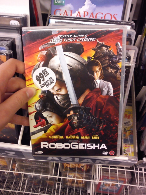 Holy shit. Found this RoboGeisha DVD today, was close to buying it. But.. I think I'll wait for it to become cheaper. (100 DKK = $17)
