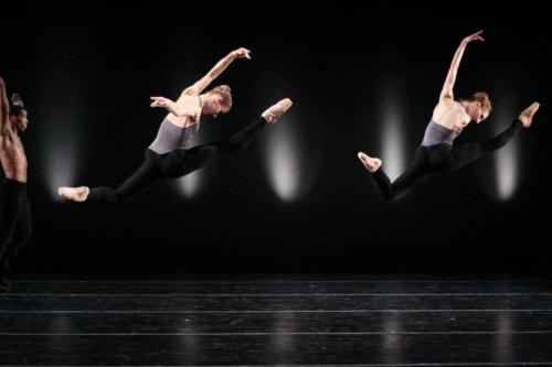 "Richmond Ballet's Cote Beaton and Lauren Fagone in Val Caniperoli's ""Swipe"" Photo Sarah Furgeson"