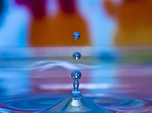 staceythinx:  Vibrantly colorful macro shots of bubbles and drops by Anthony Giacomino