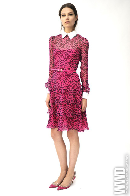 womensweardaily:  Valentino Resort 2013  Can't get any classier than that. #Fashion #Valentino #Resort #Dress