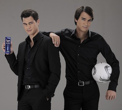 Football superstar Cristiano Ronaldo is a pitchman for CLEAR (anti-dandruff shampoo) & look who joined him on the stage — Azkals and Layola Sparks' Phil and James Younghusband