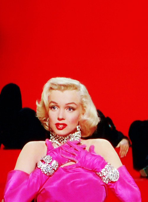 vintagegal:  Marilyn Monroe in Gentlemen Prefer Blondes (1953)