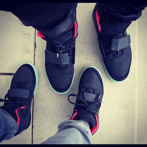 allyeezyeverything:  'We get our his & hers on'