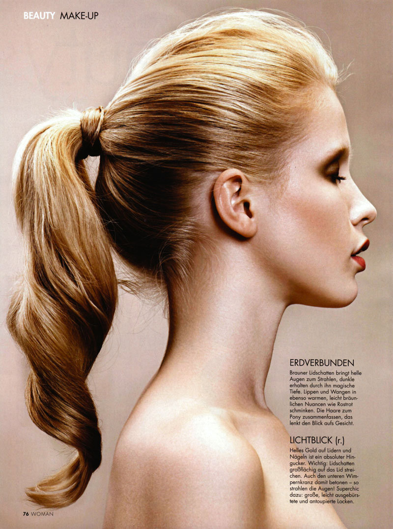 Hannah Richter for WOMANJanuary 2011 by Philipp Forstner