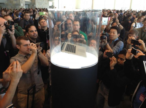 "collegehumor:  Photographers Swarming Over New Mac ""It looks just like the last one! Amazing!"""