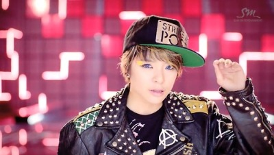 Amber you make a cute looking boy…haha~