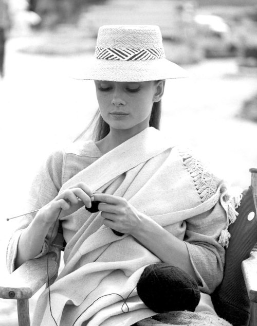 Audrey Hepburn takes a knitting break during the filming of The Unforgiven.  Durango, Mexico, 1959.