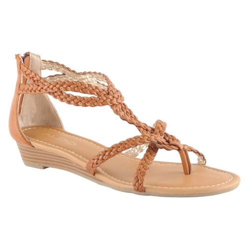 What would Shae wear? Nude leather Aldo sandals
