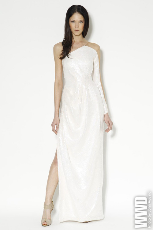 What would Arianne wear?A crisp and clean Carlos Miele Resort 2013 gown.