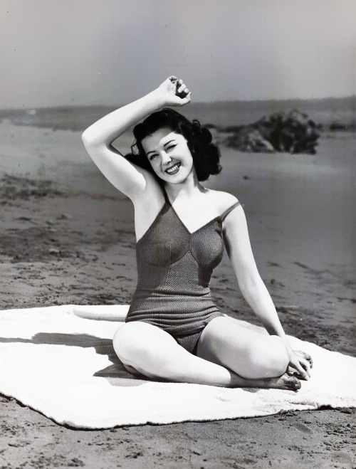 RIP Ann Rutherford. What a wonderful woman and actress. And such a delightful raconteur. I was thrilled to interview her in 2009. She will be greatly missed.