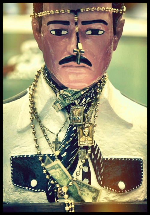 Jesús Malverde - the generous bandit  Www.awakeinmydreams.com