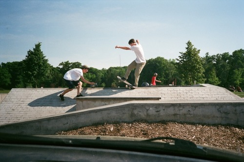 bardadon:  Cole and Eli filming at Hingham Skatepark.