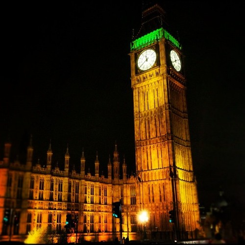 #reminiscing #bigben #london #westminster #parliament #night #golden #iconic (Taken with Instagram)
