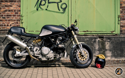 Check out this cafe racer style Ducati custom from a 1992 Ducati 900 Supersport! Read & see more on Return of the Cafe Racers.