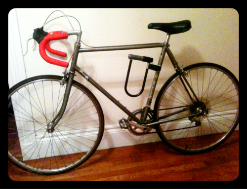 my new baby, electra. she's a fuji espree from the awesome guys at bike boom in davis square :D