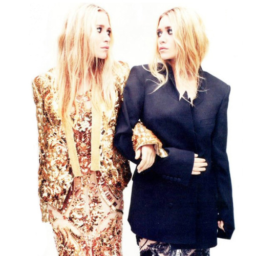 stylemint:  Happy Birthday Ashley and Mary-Kate! Reblog to wish Ashley and Mary-Kate a Happy Birthday! ELLE UK  ¡feliz cumple güeras!