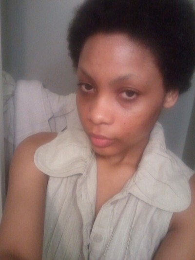 savagemethod:  No make up…natural hair…angry face. Prolly gonna remove this before tonight is over  awww look at dat cute lil fro :3and your toppppppppppppppcan u say Pam Grier?