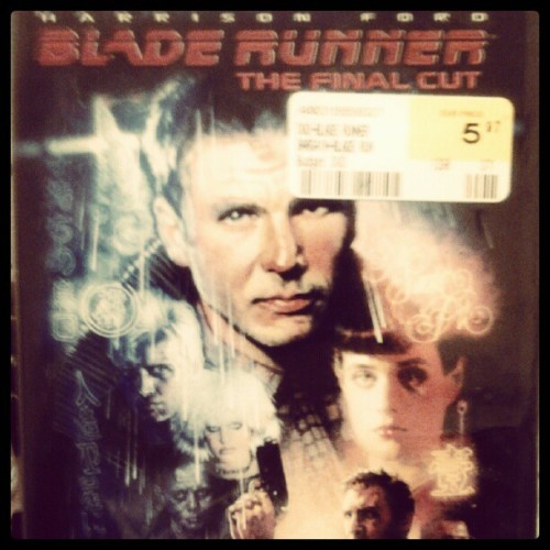 Bladerunner. Bitches. #film #movies #Ridley #Scott #scifi #future #LA #Harrison #Ford (Taken with Instagram)