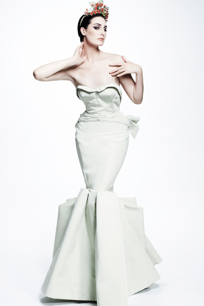 Erin O'Connor - Zac Posen Resort 2013