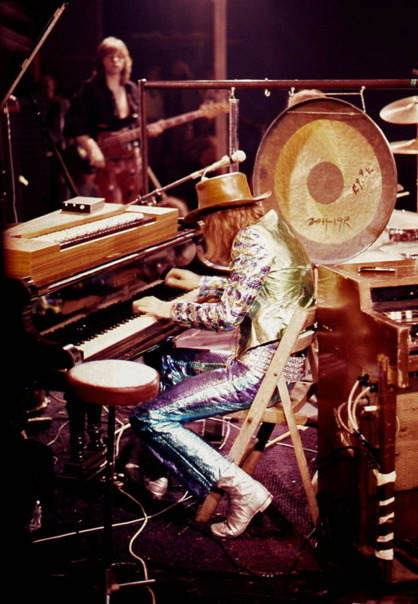 rock-n-roll-head-candy:  Greg Lake / Keith Emerson  * Emerson, Lake & Palmer * The Isle of Wight Festival / 1970