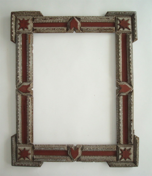 miss-mary-quite-contrary:  American Folk/Tramp Art Frame USA Early 20th century