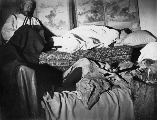 Louis Philippe Lessard,White Women in Opium Den, Chinatown, San Francisco, California, 1885-1895. Source: Library of Congress
