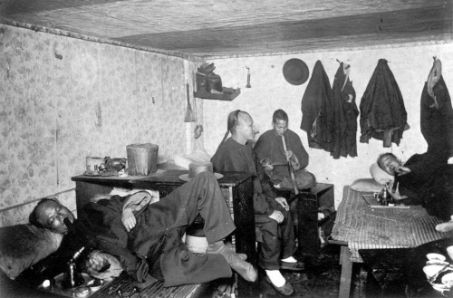 Opium den in a Chinese lodging house in San Francisco, California, ca. 1890. Source: Waters' Nickel series, The Bancroft Library, University of California, Berkeley