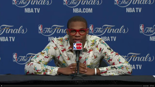 nakedbittiesinsneakers:  HAHAHAHAHAHAHA nbaoffseason:  Russell Westbrook selects his fabrics only out of the finest Windows 95 Word clip art