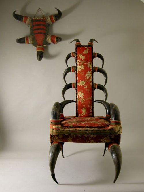 miss-mary-quite-contrary:  Montana Cree Chair and talisman made of buffalo horns, wood, iron nails. Western United States Ca 1890-1915
