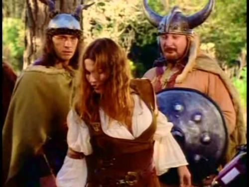 TV Show: The Adventures of Sinbad Episode: The Ties That Bind (Season 1, Episode 8) Air Date: 11/4/1996 Wrestler(s) captured: Bret 'The Hitman' Hart (as Eyolf) IMDB Page: The Adventures of Sinbad - The Ties That Bind