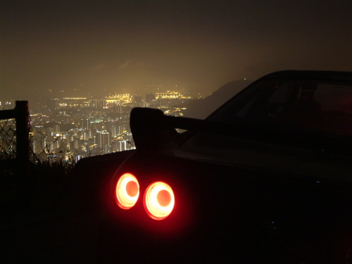 (via Taillights - GT-R Edition)