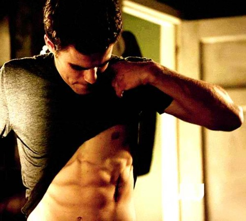 Paul needs to be shirtless more often on TVD!