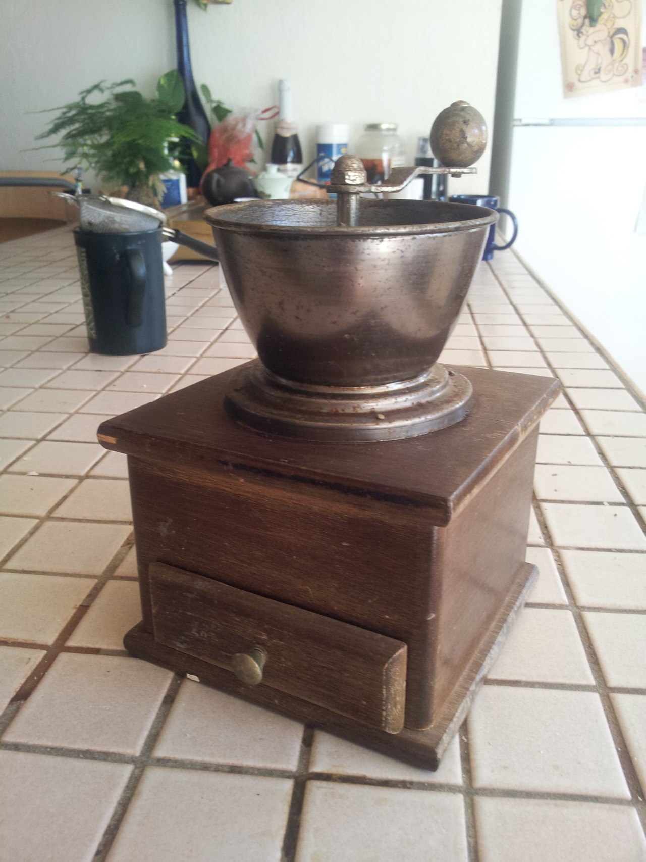 I'm pretty psyched about my new (actually really old) manual coffee grinder.