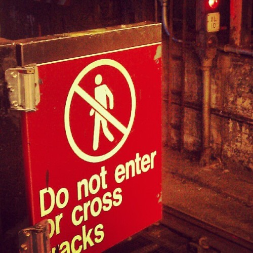 Pay attention to the signs.. Lmbo.. #mycity #nyc  (Taken with Instagram)