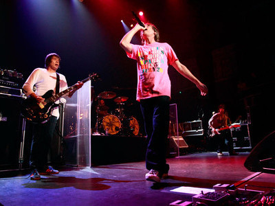 nmemagazine:  Stone Roses reunion in disarray as Ian Brown calls Reni a 'c**t' onstage in Amsterdam, and the drummer fails to show for an encore.