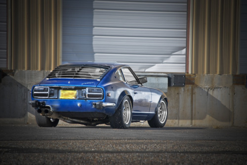 Ragged Starring: Datsun 260Z (by erikbjork)