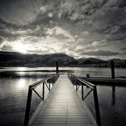 cubagallery:  Via Flickr: Black & White Queenstown Landscape