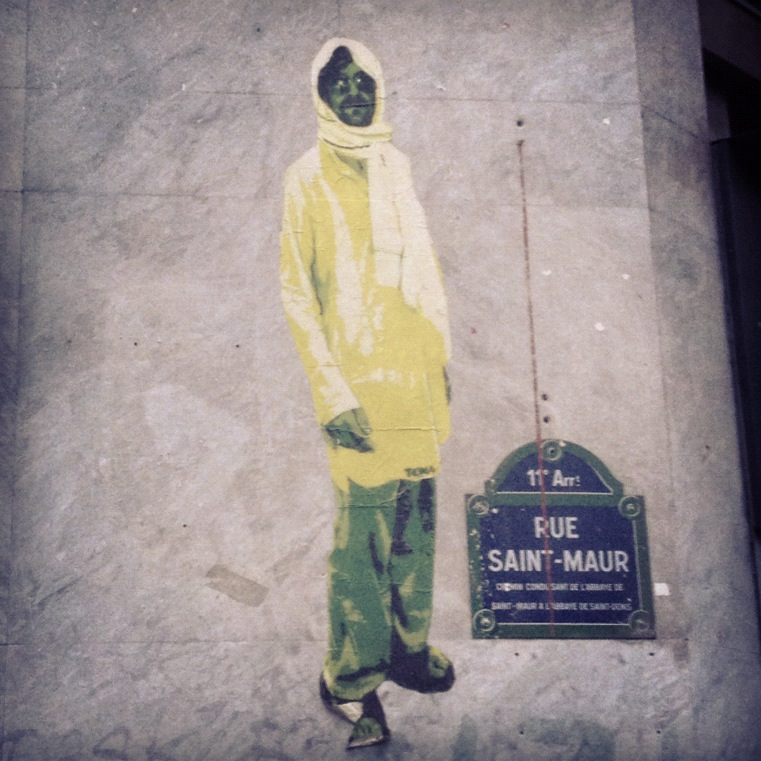 #streetart #collage #paris Nomade urbain