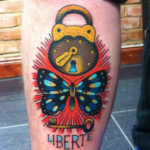 blackgardentattoo:  By Tutti Serra