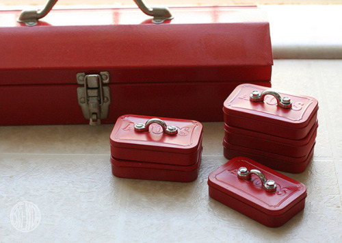"storagegeek:   MAKE | Mini mint tin toolboxes These Altoid tin toolboxes look like miniature versions o everyone's favourite red metal tool boxes. Perfect for Father's day or just as a gift for being awesome. Now I just need a friend who eats Altoids.   Truebluemeandyou: Love this idea and just saw it on WIRED, but of course checked to see who else posted it. I get asked about ""manly gifts"" all the time and this may just make the cut. I also love altering altoids tins and post a lot of tutorials doing just that from a zen garden, pool table, vampire hunting kit, survival  kit etc… here: truebluemeandyou.tumblr.com/tagged/altoids-tin"